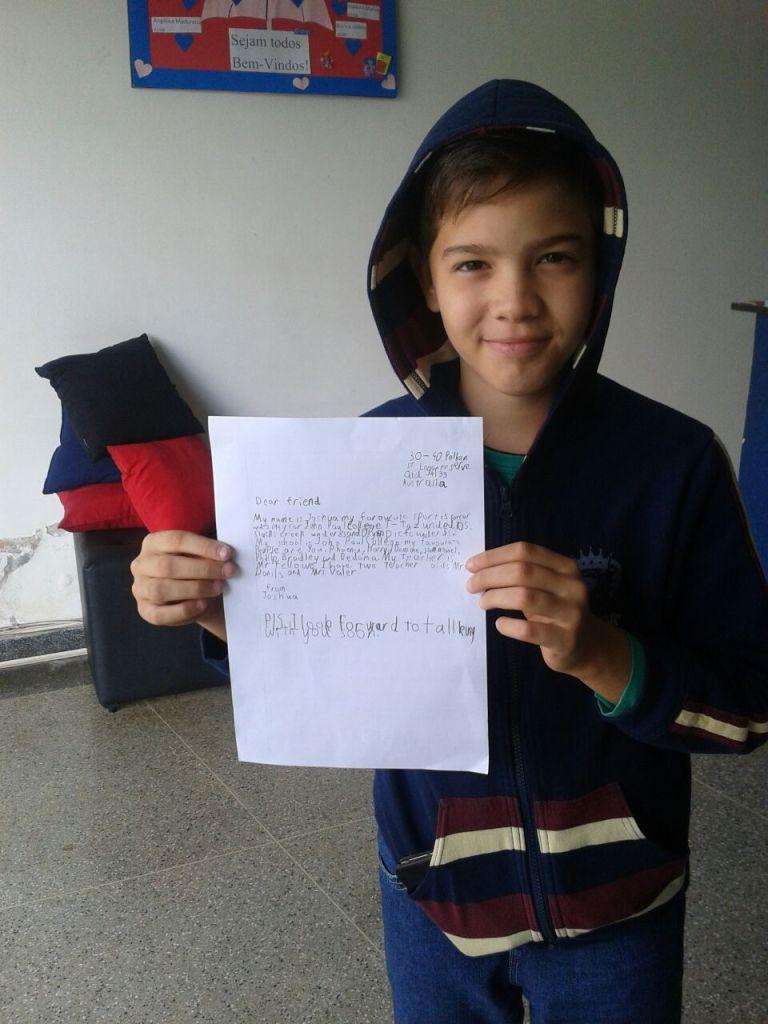 Pratique Inglês, alunos da INTERNATIONAL IDIOMAS recebem e respondem cartas de uma turma de crianças da Australia